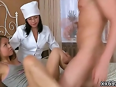 Dude assists with hymen examination and banging of virgin cutie