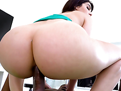 Round ass Italian Valentina Nappi bounces all over Pressure's big black cock